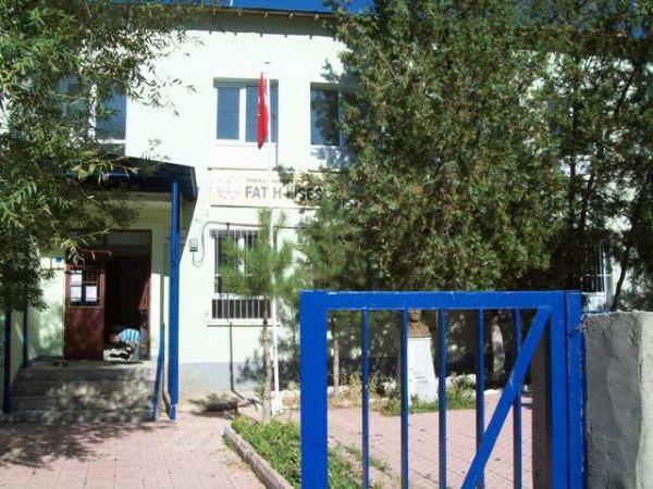 Fatih Lisesi kendi binasında galerisi resim 1