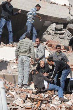 Van'daki Deprem galerisi resim 1