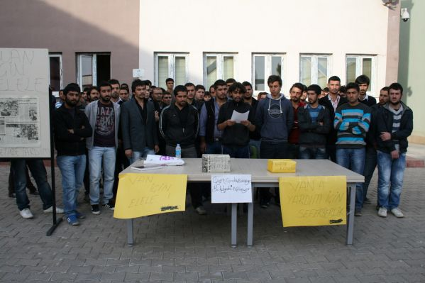 Üniversite öğrencilerden Van'a yardım eli galerisi resim 1