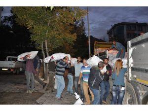 Rojava'ya 8. Yardım TIR'ı yola çıktı