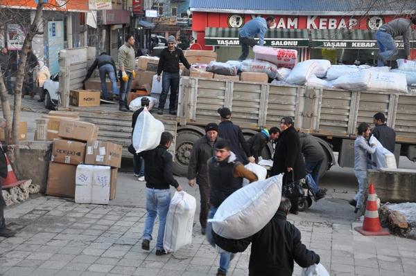 Kobane ve Rojava'ya yardımlar sürüyor galerisi resim 1