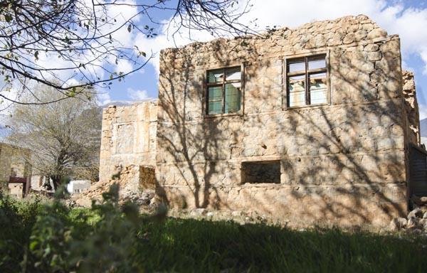 Ovacık'ın toprak evleri azalmaya başladı galerisi resim 1