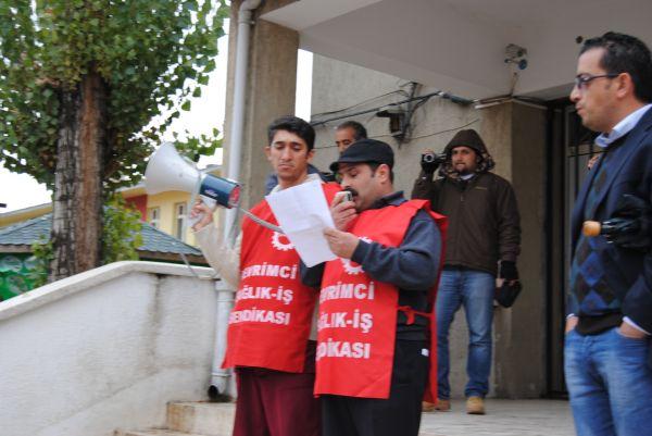 Taşeron işçiler basın açıklaması yaptı galerisi resim 1