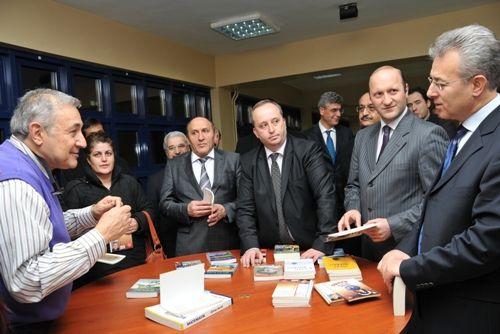 Prof.Dr.Orhan Kural Tunceli'ye geldi galerisi resim 1