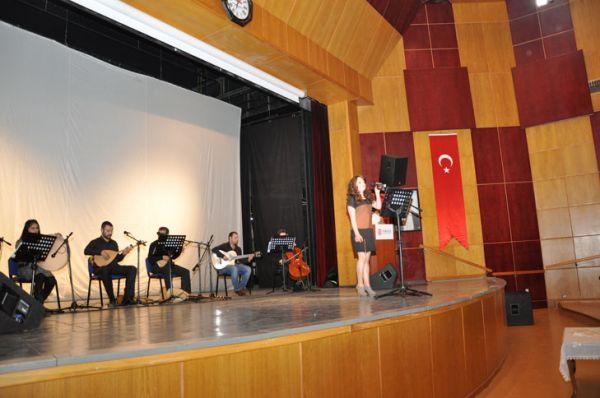 Tunceli Üniversitesinden Müzik Şöleni galerisi resim 1
