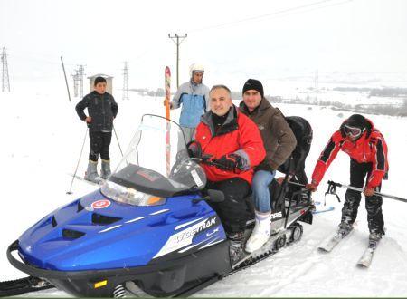 Ovacık'ta Kayak Keyfi Başladı galerisi resim 1