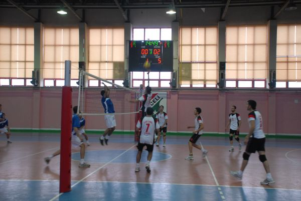 Özel idare voleybol takımı ilk maçını 3-0 kazandı galerisi resim 1