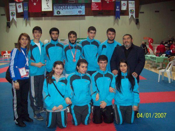 Karatede Türkiye Üçüncülüğü galerisi resim 1