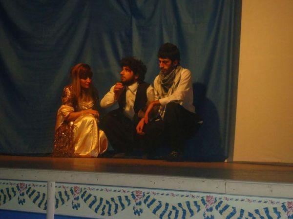 Hozat Programı Öğrencilerinden Tiyatro Gösterisi galerisi resim 1