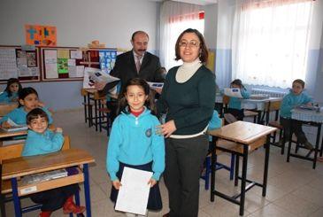 Tunceli'de Öğrenciler Karnelerini Aldı galerisi resim 1
