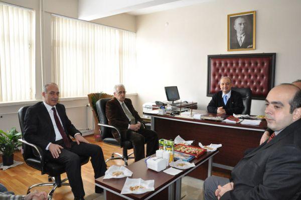 Rektör Boztuğ'dan Dekan ve Müdür'e Ziyaret galerisi resim 1