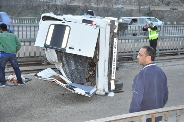 Tunceli'de Trafik Kazası:4 Yaralı galerisi resim 1