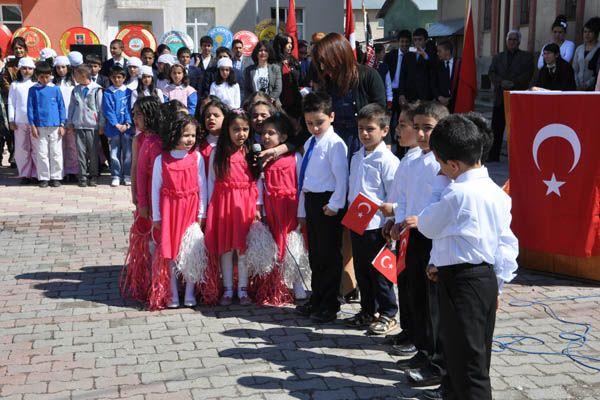 Ovacık'ta 23 Nisan Kutlamaları galerisi resim 1