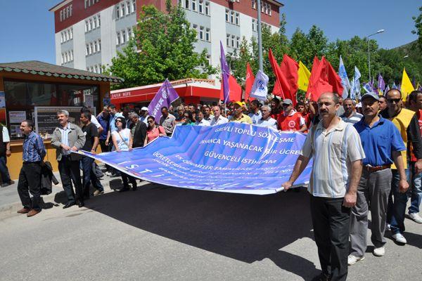Tunceli'de Kamu Çalışanları İş Bıraktı galerisi resim 1