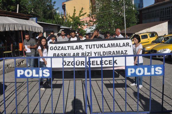 Tunceli'de gözaltılar protesto edildi galerisi resim 1