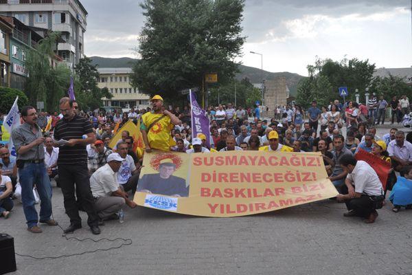 Oturma eylemi ile protesto edildi galerisi resim 1