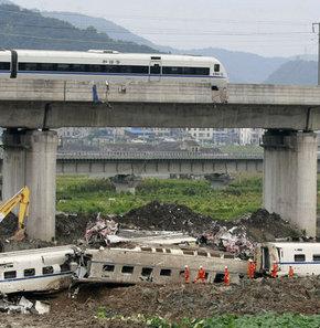 Çin hızlı trenlerin güvenliğini sorguluyor