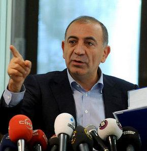 Gürsel Tekin CHP İzmir'de savaş ya da kriz yok