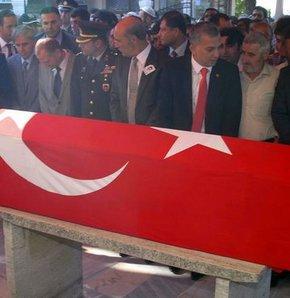 Şehit polis memuru İstanbul'da toprağa verildi!