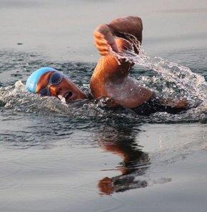 61 yaşında Küba'dan Amerika'ya yüzüyor