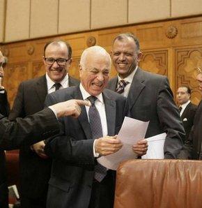 Arap Birliği, Libya'daki muhalifleri resmen tanıdı