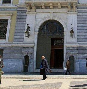 Yunan üniversitelerine kilit vuruldu