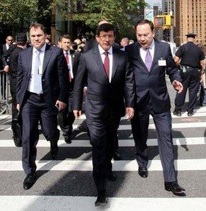 Davutoğlu New York sokaklarında! VİDEO