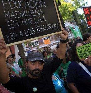 İspanya'da yeni eğitim yılı grevle başladı