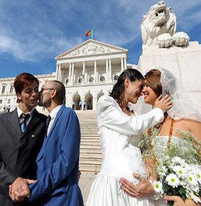 Eşcinsel evliliğe ret