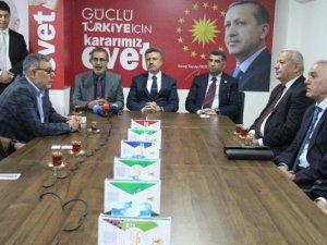 Milletvekili Erol'dan AK Parti'ye ziyaret