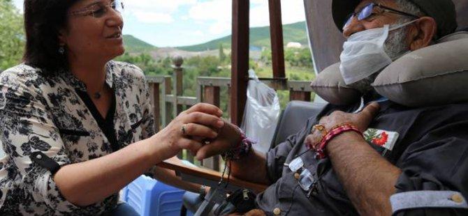 DTK Eş Başkanı Güven, açlık grevindeki Gün'ü ziyaret etti