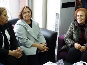 Selvi Kılıçdaroğlu'ndan CHP'ye ziyaret VİDEO HABER