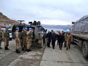Askerler Afrin'e uğurlandı