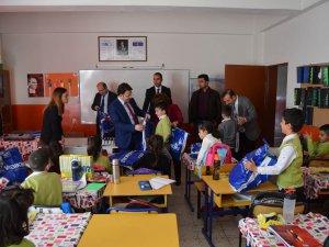 Kaymakam Çam'dan öğrencilere ziyaret