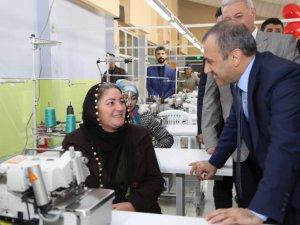 Pertek'te 150 kişinin çalışacağı tekstil fabrikası açıldı