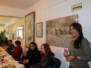 Dersim-Der Şubesi'nden üniversite öğrencilerine burs