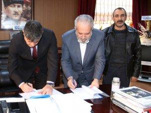 Çemişgezek'te TİS imzalandı