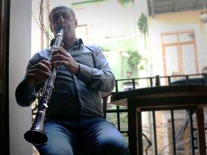 Dersim ağıtları Nesimi Ataş'ın klarnetinde can buluyor