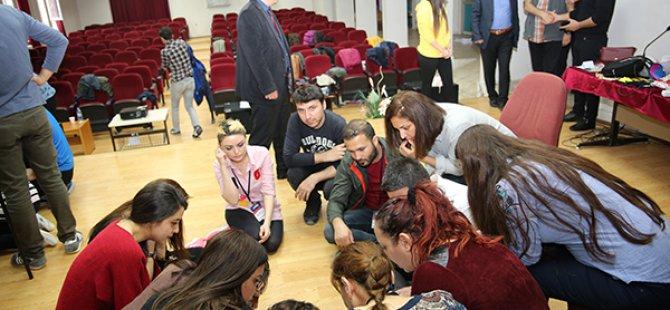 Öğretmenlere drama eğitimi verildi