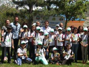 """Tunceli'de """"Lider Çocuk Tarım Kampı"""""""