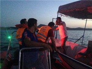Mahsur kalan 2 arkadaşı AFAD kurtardı