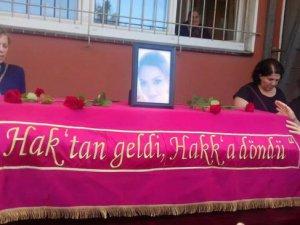 Öldürülen Çiğdem Akın memleketi Dersim'e uğurlandı