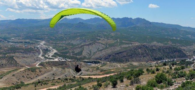 Tunceli'de yamaç paraşütü akrobasi şampiyonası yapılacak