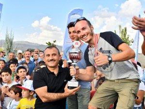 Yamaç Paraşütü Akrobasi Şampiyonası tamamlandı