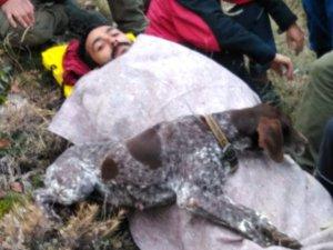Av köpeği, yaralı sahibinin başından ayrılmadı