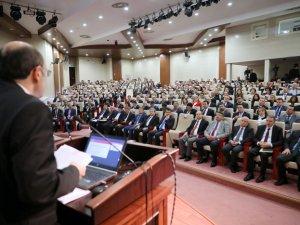 Öğretim üyeleri YÖK toplantısına katıldı