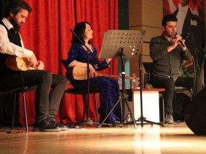 İzmir Dersim Derneğinden 'Alevi Ezgileri' etkinliği