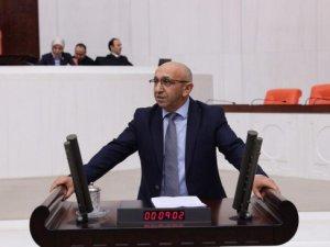 Milletvekili Önlü, elektrik kesintisini TBMM'ye taşıdı