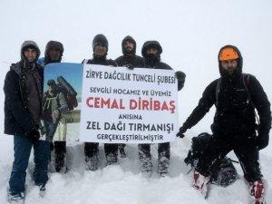 Öğretim görevlisi anısına Zel dağına tırmandılar