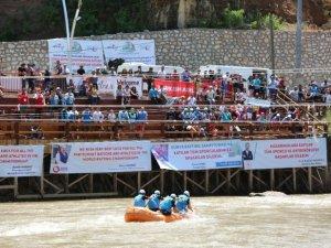 Dünya Rafting Şampiyonası heyecanı devam ediyor
